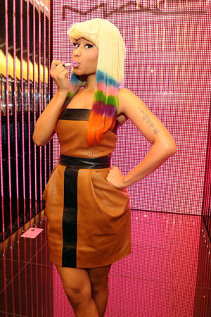 Nicki Minaj's pink lipstick on sale & Choosing the right shade of pink for you (2/6)