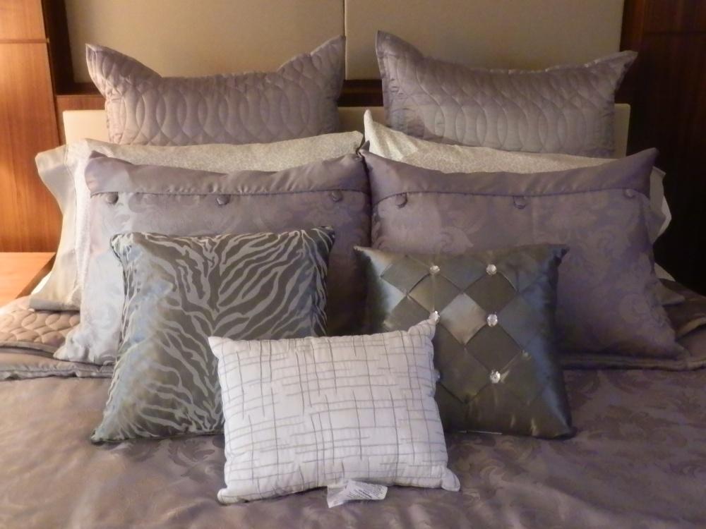 Bed, Bath & Kardashian?  (6/6)