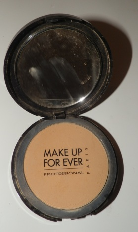 Make Up Forever Pro Finish - This product was provided by the company for review