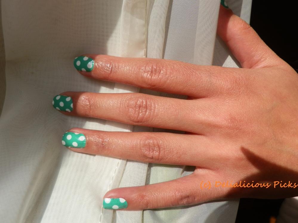 Final nail look using Jamberry nail designs