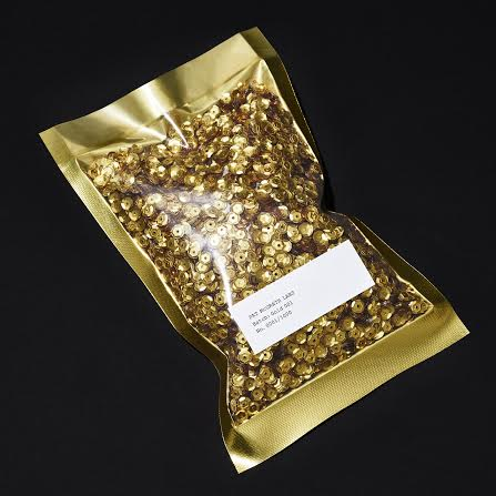 GOLD 001 packaging