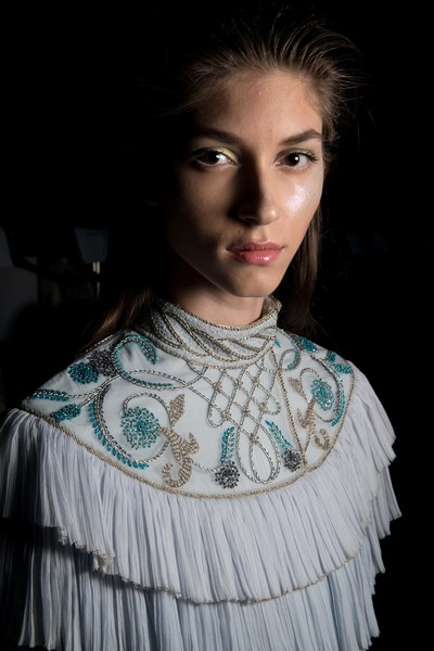 A model backstage ahead of the Zareena presentation during Fashion Forward Spring/Summer 2017 at the Dubai Design District on October 22, 2016 in Dubai, United Arab Emirates. (Oct. 21, 2016 - Source: Getty Images Europe)